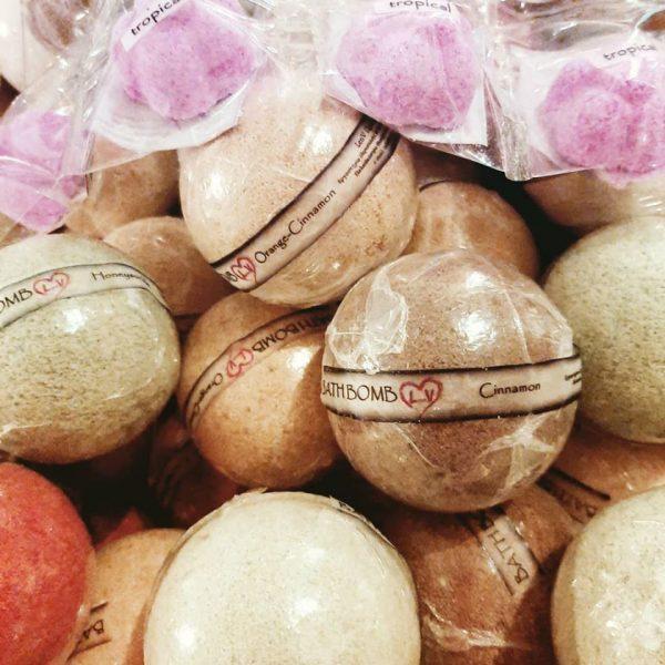 bath bombs len.v beauty 6